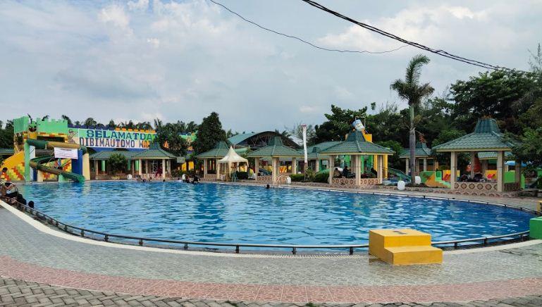 kolam renang bima utomo