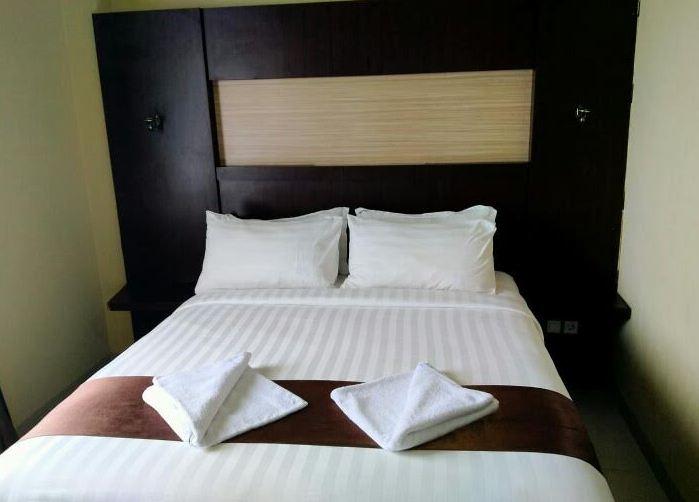 Gaji, Tujuan, perbedaan Housekeeping dan Cleaning Service